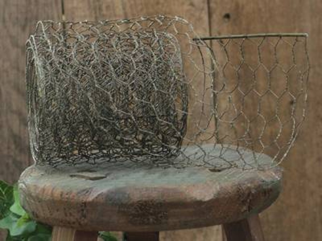 Import Export Anping County: Chicken Wire Ribbon Used for Crafts