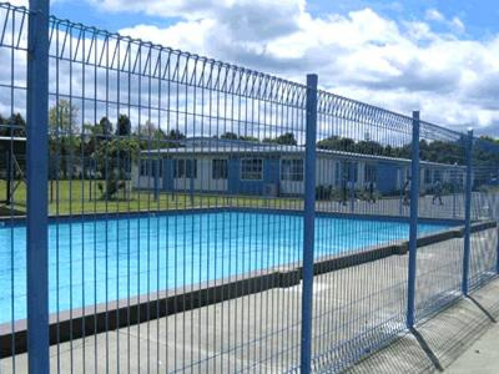 Import Export Anping County: Swimming Pool Welded Wire Fencing Protects…