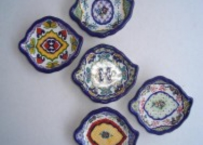 Hand decorated ceramic tableware