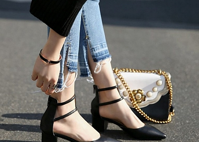 THICK HEELED SIDE POINTED WOMEN SANDALS