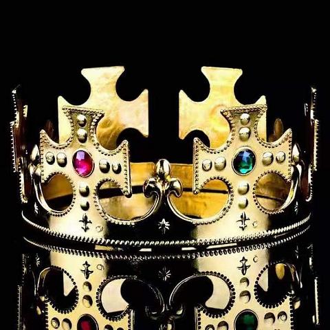 Crowns and laurels