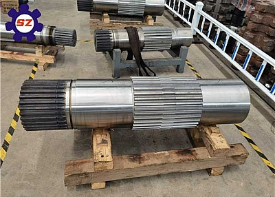 Customized 42CrMo4 Forged Steel Sprocket Shaft