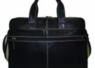 WE ARE BAG MANUFACTURER LOOKING FOR UK/USA BASED BUYER