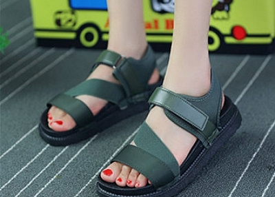 CASUAL ROMAN SANDALS
