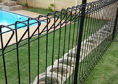 Swimming Pool Welded Wire Fencing Protects Your Children